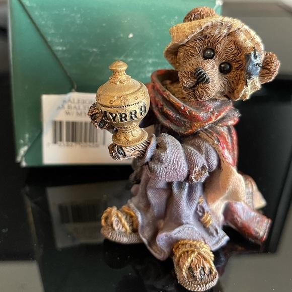 Boyds Bear. Balthasar with Myrrh